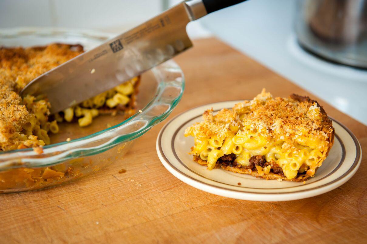 Mac n' Chao Cheese Pie