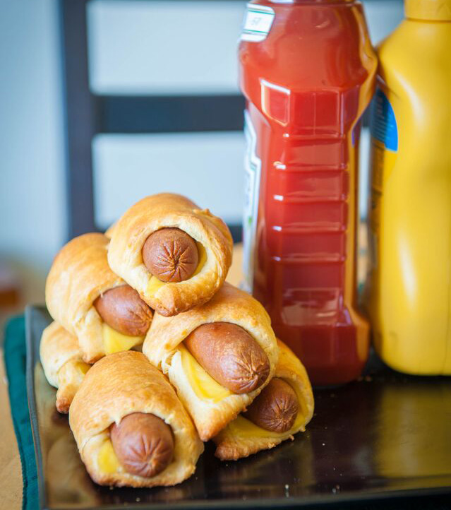 Classic Cheesy Pigs in a Blanket